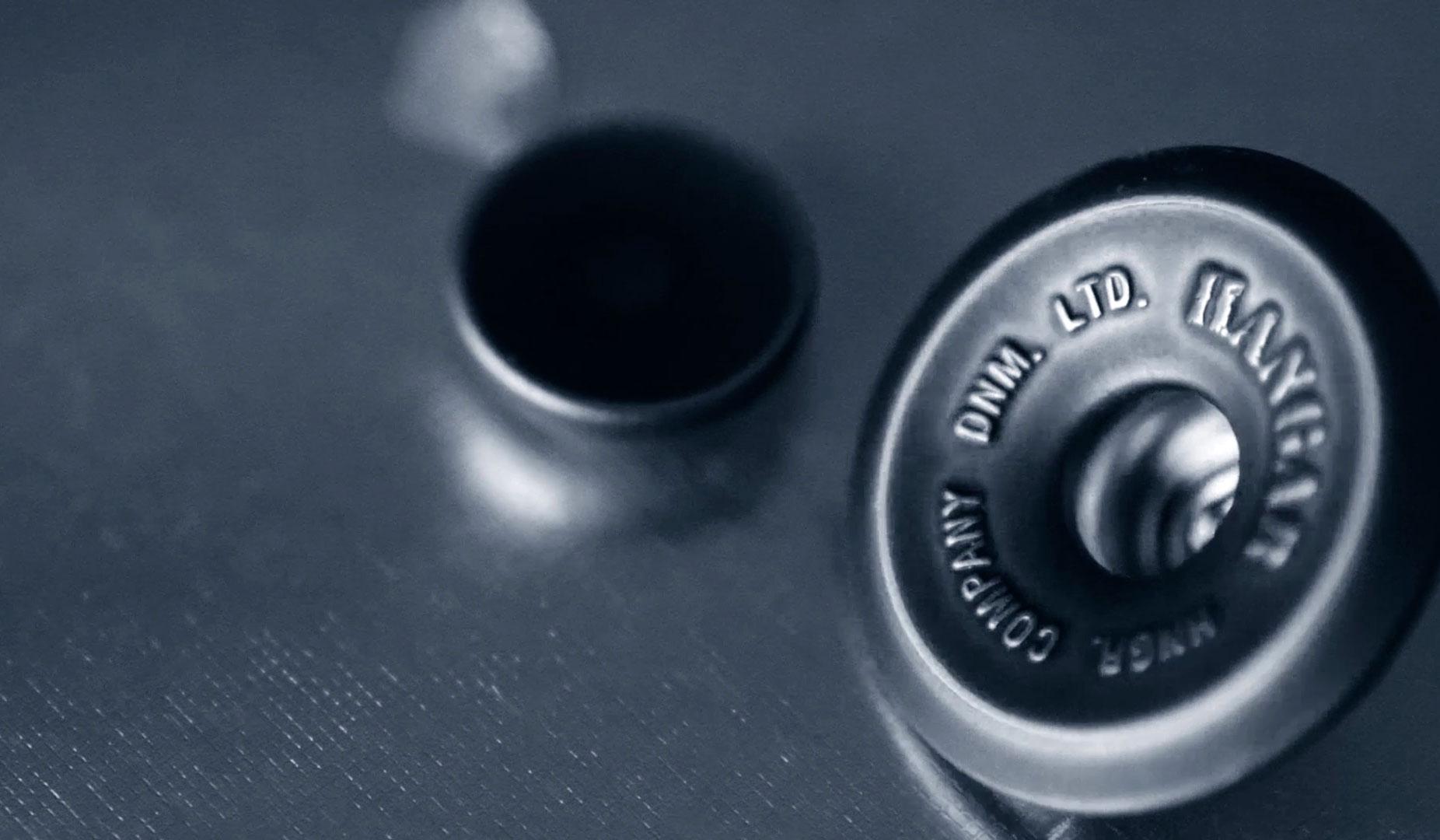 Buttons-Blu