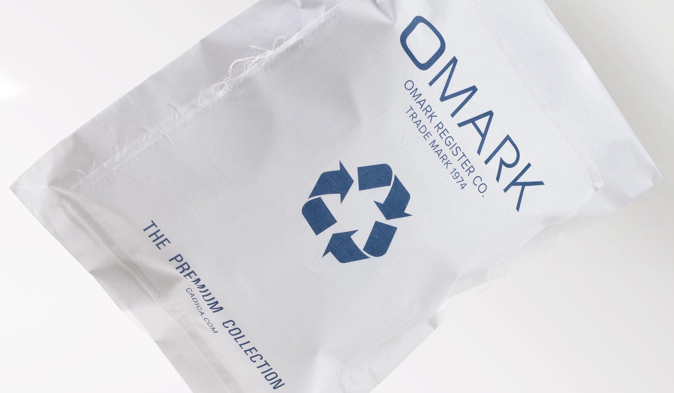 Cadica_packaging_omark